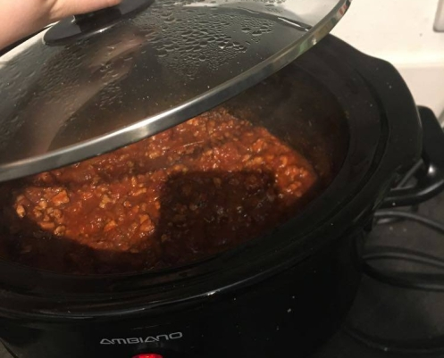 Bolognese sauce in a slow cooker